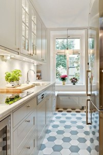 Gorgeous kitchen floor tiles design ideas (7)