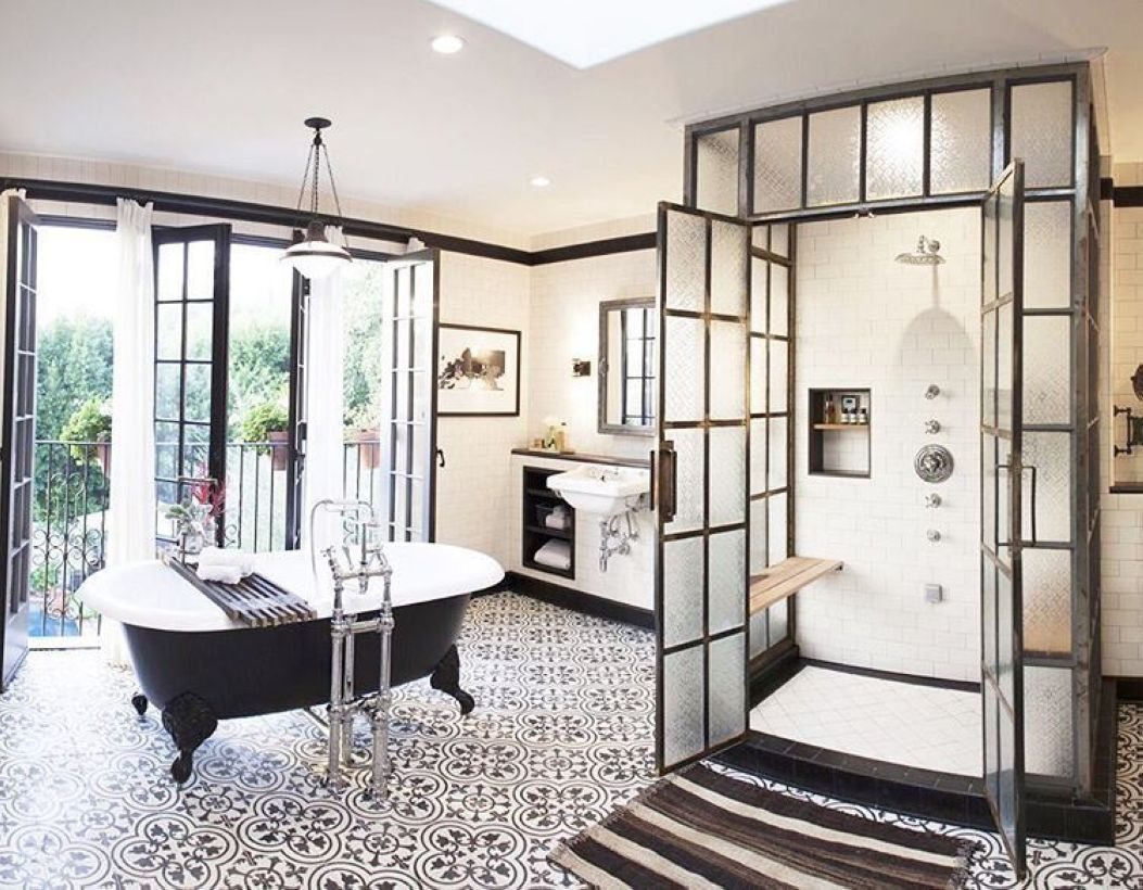 Luxury black and white bathroom design ideas 28