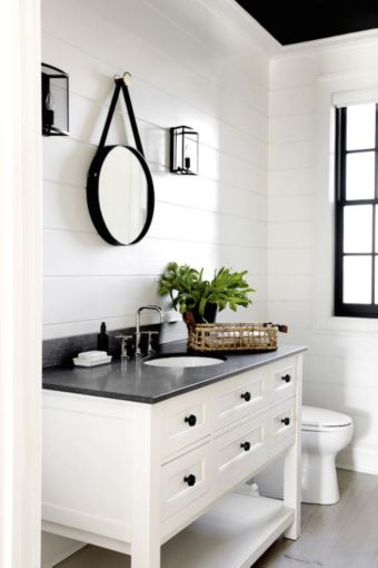 Luxury black and white bathroom design ideas 40