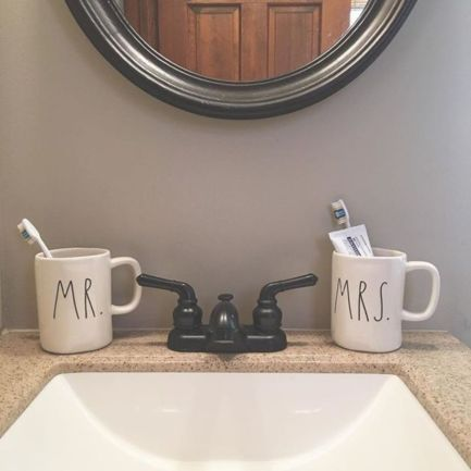 Modern farmhouse bathroom decor ideas (18)