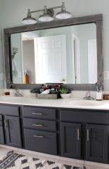 Modern farmhouse bathroom decor ideas (37)