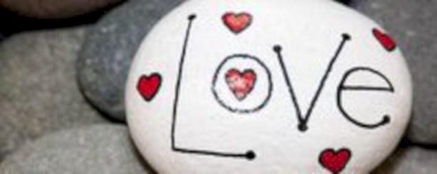 Romantic diy valentine decorations ideas 21