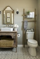 Simple and cozy farmhouse wooden bathroom inspirations ideas 11