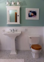 Simple and cozy farmhouse wooden bathroom inspirations ideas 16