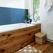 Simple and cozy farmhouse wooden bathroom inspirations ideas 30