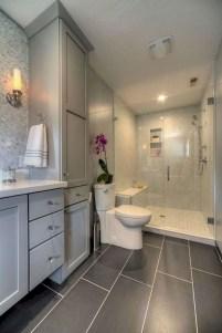 Stunning attic bathroom makeover ideas on a budget 43