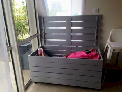 Stunning diy pallet furniture design ideas (26)
