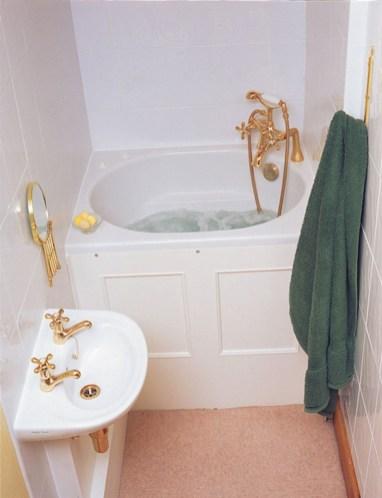Totally brilliant tiny house bathroom design ideas (25)