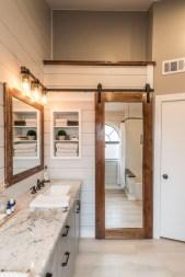 Totally brilliant tiny house bathroom design ideas (38)