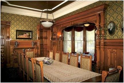 Vintage victorian dining room decor ideas (34)