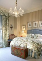 Vintage victorian lamp shades ideas for your bedroom (14)