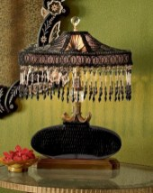 Vintage victorian lamp shades ideas for your bedroom (15)