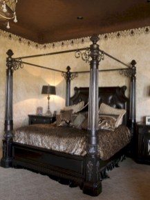 Vintage victorian lamp shades ideas for your bedroom (42)