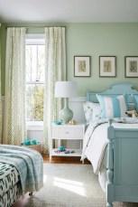 Wonderful green bedroom design decor ideas (21)