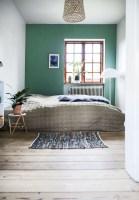 Wonderful green bedroom design decor ideas (22)