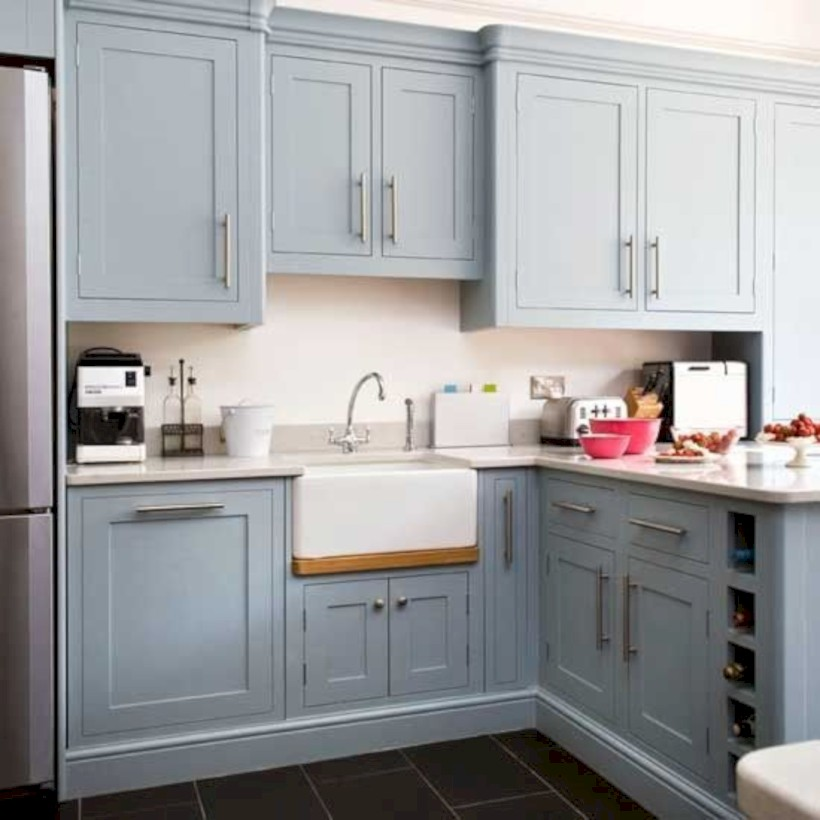 Beautiful gray kitchen cabinets design ideas 29