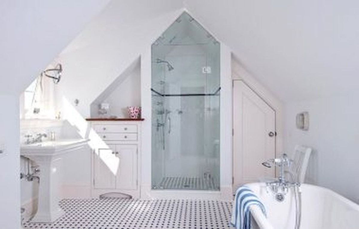Cool attic bathroom remodel ideas 16