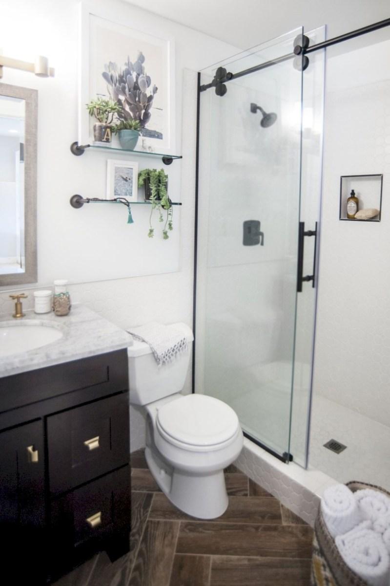 Cool attic bathroom remodel ideas 26
