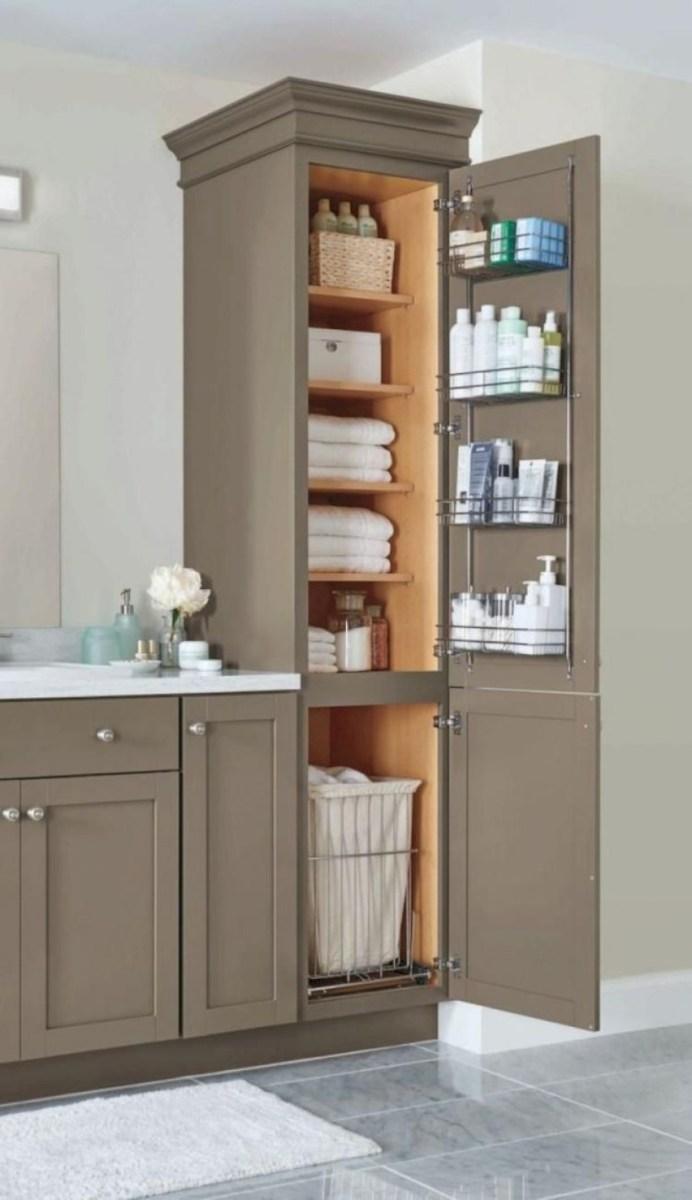 Cool attic bathroom remodel ideas 29