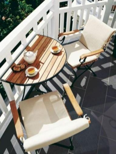 Cozy small balcony design decoration ideas 17