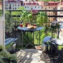 Cozy small balcony design decoration ideas 20