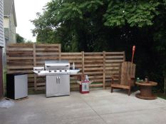 Easy and cheap backyard privacy fence design ideas 09