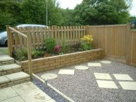 Easy and cheap backyard privacy fence design ideas 36