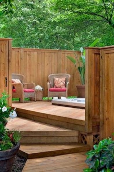 Easy and cheap backyard privacy fence design ideas 42