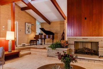 Mid century modern living room furniture ideas 44