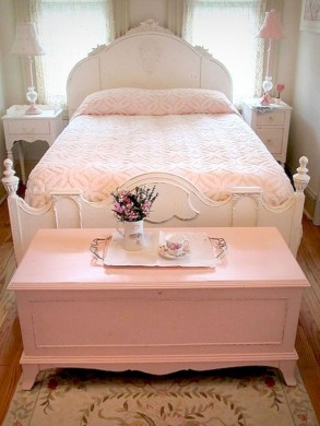 Romantic shabby chic bedroom decorating ideas 06
