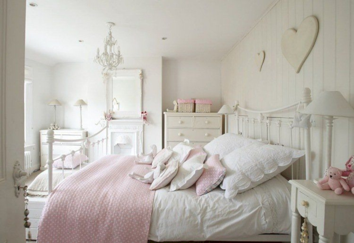 Romantic shabby chic bedroom decorating ideas 19