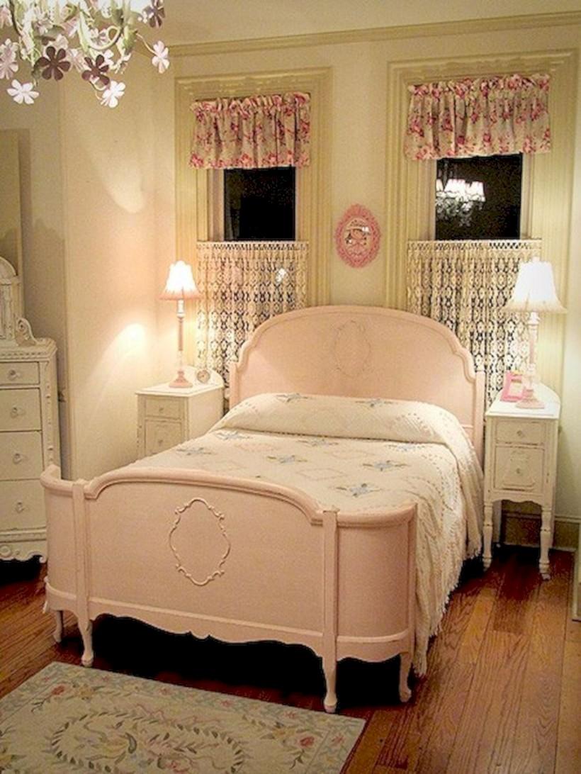 Romantic shabby chic bedroom decorating ideas 41