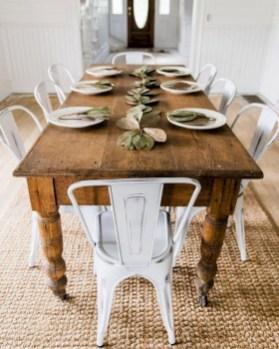 Rustic farmhouse dining room table decor ideas 08