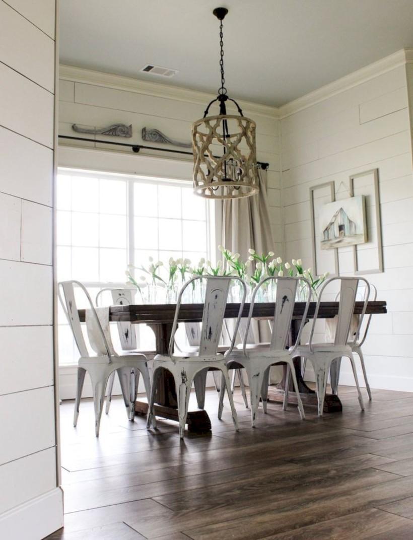 Rustic farmhouse dining room table decor ideas 10