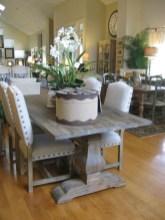 Rustic farmhouse dining room table decor ideas 24