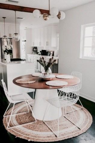 Rustic farmhouse dining room table decor ideas 34