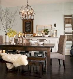 Rustic farmhouse dining room table decor ideas 39
