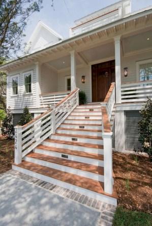 Rustic farmhouse porch steps decor ideas 06