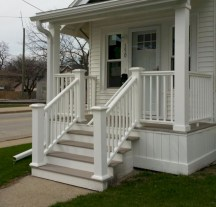 Rustic farmhouse porch steps decor ideas 09