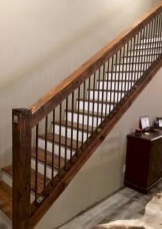 Rustic farmhouse porch steps decor ideas 30