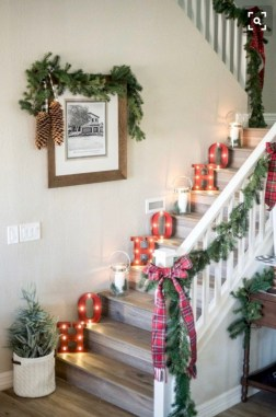 Totally cool holiday christmas craft decor ideas 40
