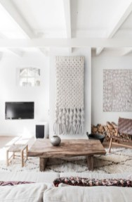 Totally inspiring boho living room ideas 42