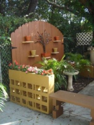 Adorable easy cinder block ideas for garden (6)