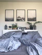 Adorable minimalist bedroom design decor ideas (34)