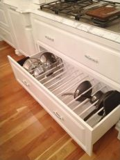 Affordable kitchen cabinet organization hack ideas (28)