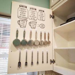 Affordable kitchen cabinet organization hack ideas (44)
