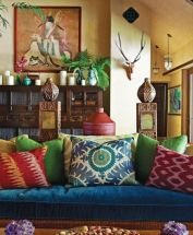 Amazing bohemian style living room decor ideas (23)