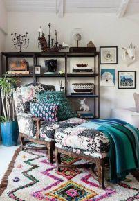Amazing bohemian style living room decor ideas (34)