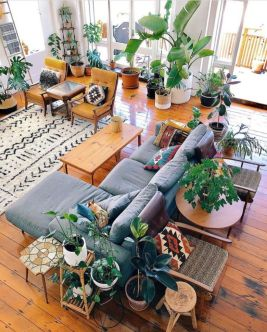 Amazing bohemian style living room decor ideas (36)