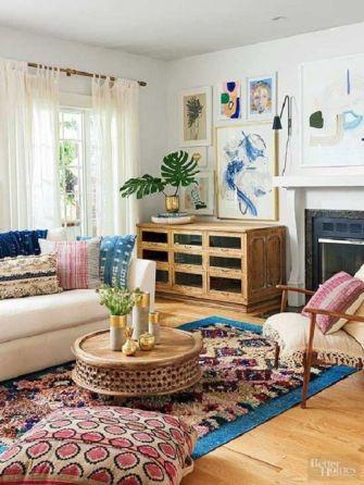 Amazing bohemian style living room decor ideas (41)